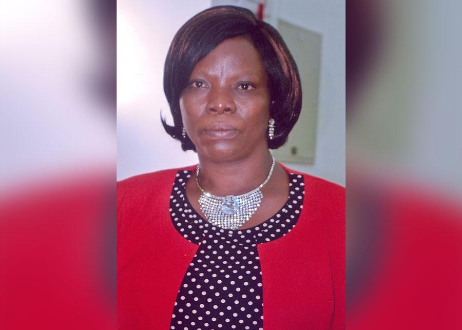 Professeur titulaire à l'Université de Lomé au Togo. Elle est à la fois poétesse, romancière et essayiste