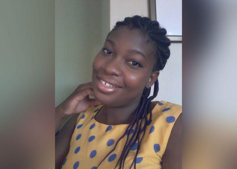 Selfie en tant qu'auto-fiction publiée est un accident selon elle, car elle voulait juste partager des anecdotes d'adolescentes