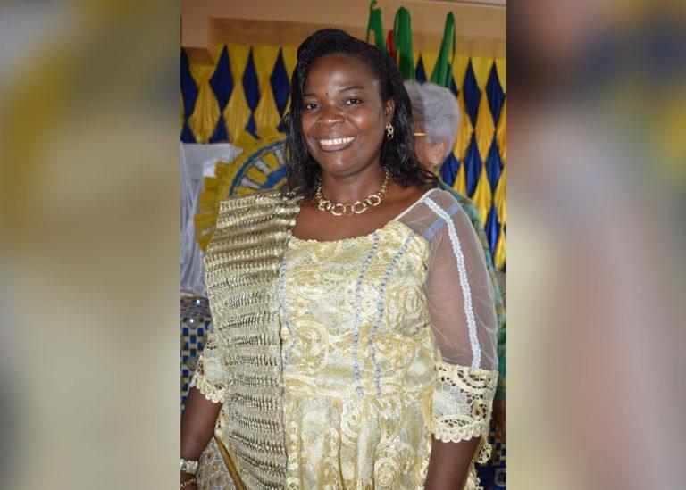 Un cri strident perça le rideau du monde, c'est Reine qui offrait sa naissance au peuple Béninois au sein de la collectivité royale Toffa
